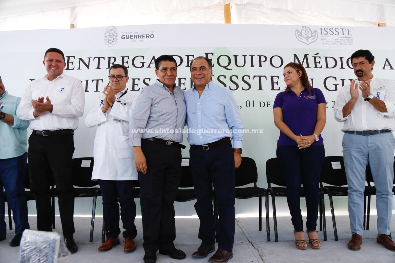 Preside Héctor Astudillo Flores, la entrega de equipamiento médico para hospitales del ISSSTE, y el arranque de créditos personales 2018 en Guerrero.