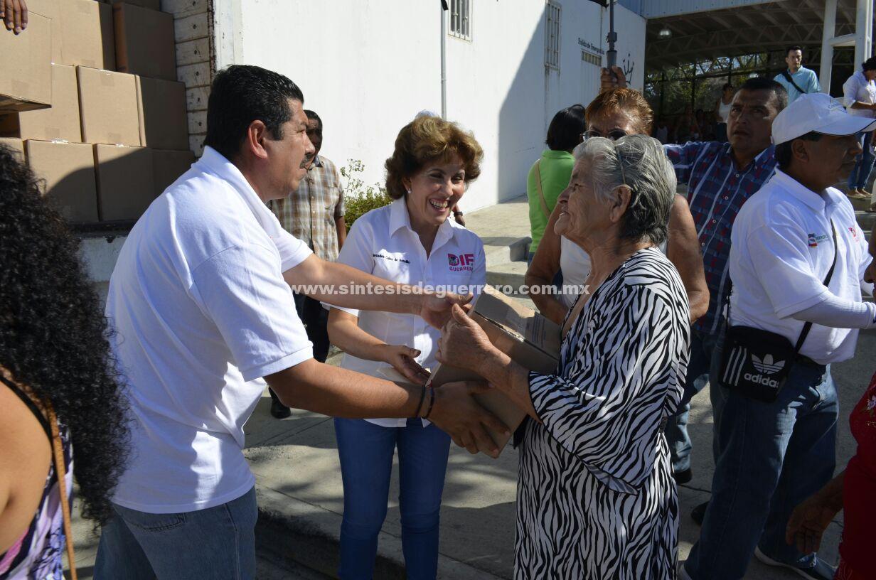 Mercedes Calvo de Astudillo, anunció las diferentes campañas de cirugías que se realizarán próximamente