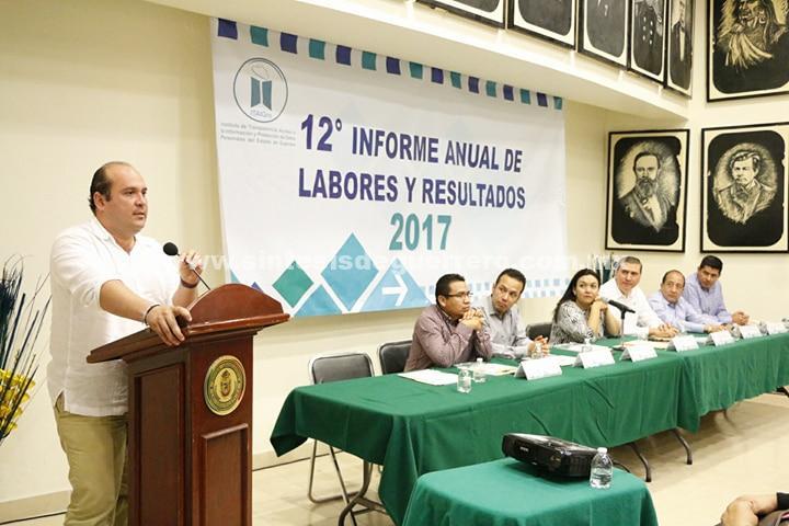 Recibe el diputado Eduardo Cuevas Ruiz el 12º Informe Anual de Labores y Resultados del ITAIGro