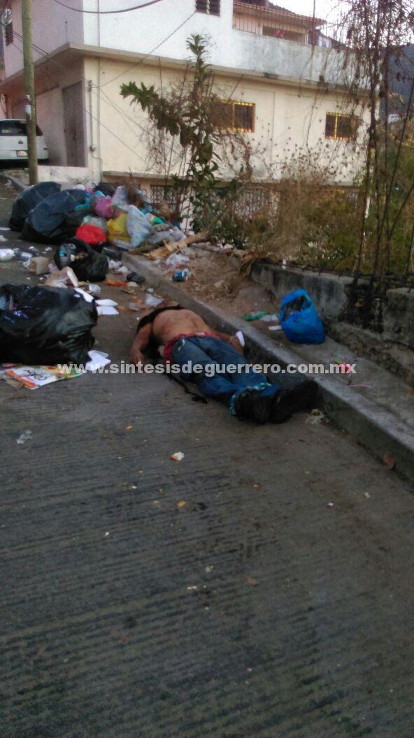 Dejan a un hombre degollado en Acapulco