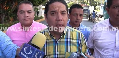 (Video) Supervisa Evodio modernización del alumbrado público en Costera