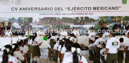 Asiste Florencio Salazar Adame a la conmemoración por el 105 aniversario de la creación del Ejército Mexicano