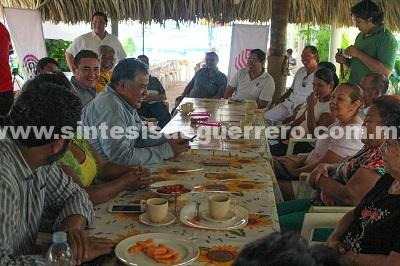 Reactivar la zona del Acapulco Tradicional con programas reales, ofrece Víctor Aguirre Alcaide