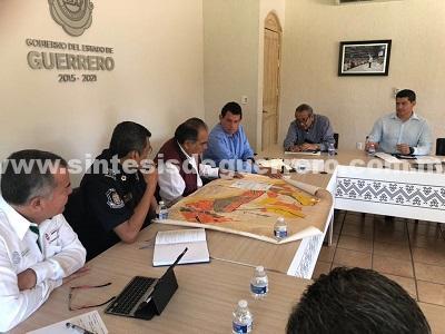 Encabeza Héctor Astudillo reunión interinstitucional para revisar el reordenamiento territorial en Guerrero