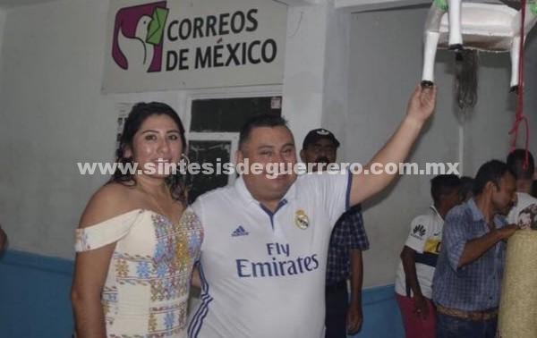 Alcalde de Tecoanapa, Guerrero, se hizo rico en dos años; su esposa busca relevarlo