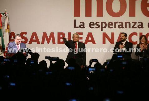 Morena postula a AMLO a la Presidencia