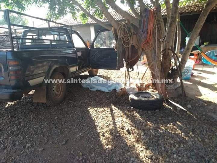 """Hombre asesina a su esposa e hijas en Tlalchapa, Guerrero; narco lo """"ajusticia"""""""