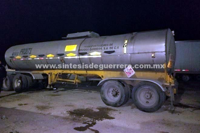 Asegura PF 82 mil litros de huachicol