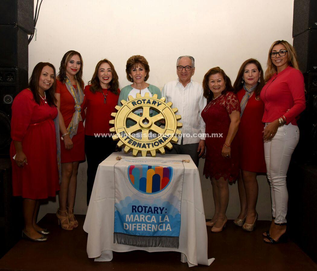 Mercedes Calvo de Astudillo articipó en la sesión del Club Rotario Sentimientos de la Nación