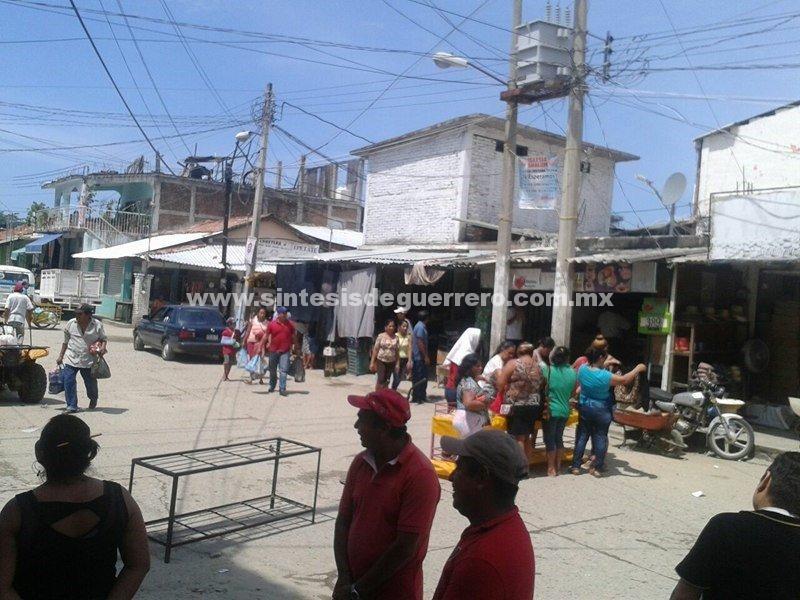 Mercado municipal de Tecpan de Galeana; otra bomba de tiempo
