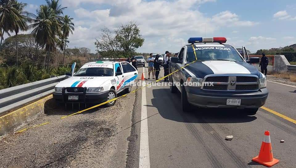 Ejecutan a taxista de Azoyú, en la carretera federal Acapulco-Pinotepa