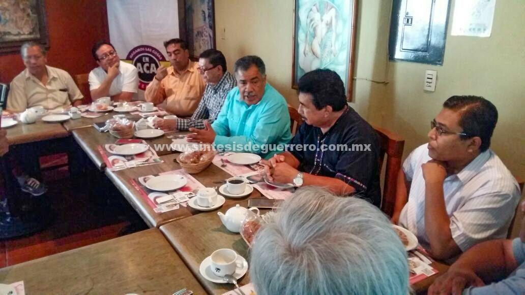 Recibe Víctor Aguirre Alcaide, apoyo de las iglesias evangélicas de Acapulco