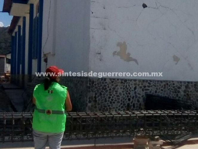 Suspenden clases en zonas afectadas por sismo en Oaxaca