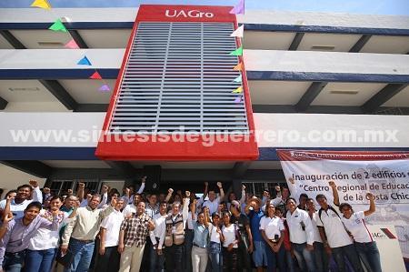 Inaugura el rector la UAGRO, Javier Saldaña, el campus Costa Chica