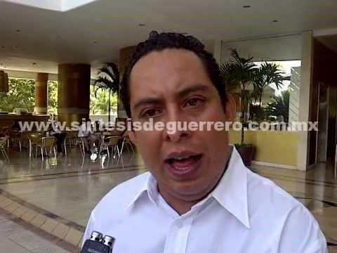 La candidatura debe ser perredista: Ilich Lozano