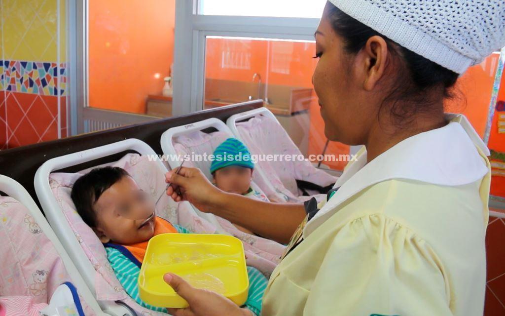 Estricta vigilancia médica durante el primer año de vida del infante