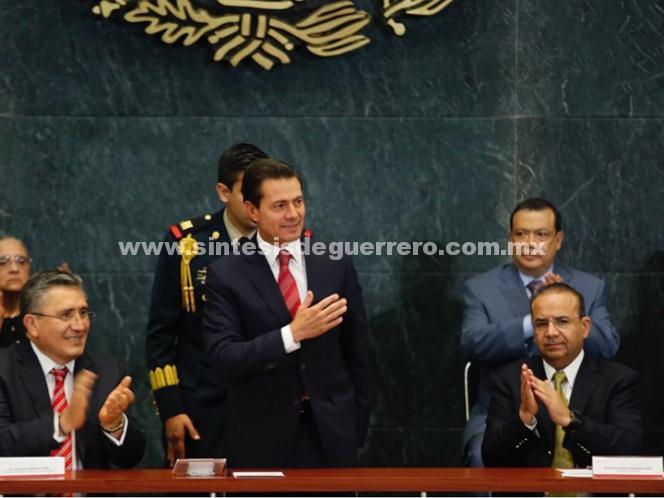 Peña Nieto reconoce trabajo de CNDH en defensa de derechos humanos