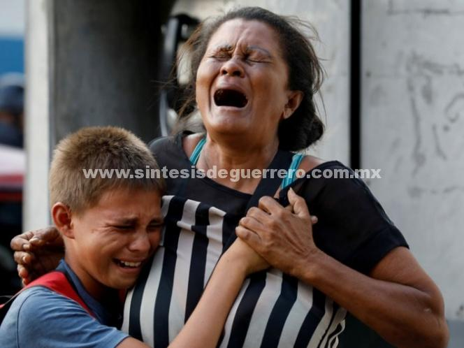 Fiscal venezolano confirma 68 muertos por incendio en cárcel