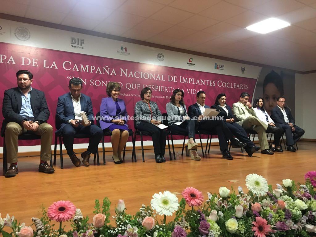 Asiste Mercedes Calvo a la campaña Nacional del DIF para ayudar a niños con problemas auditivos