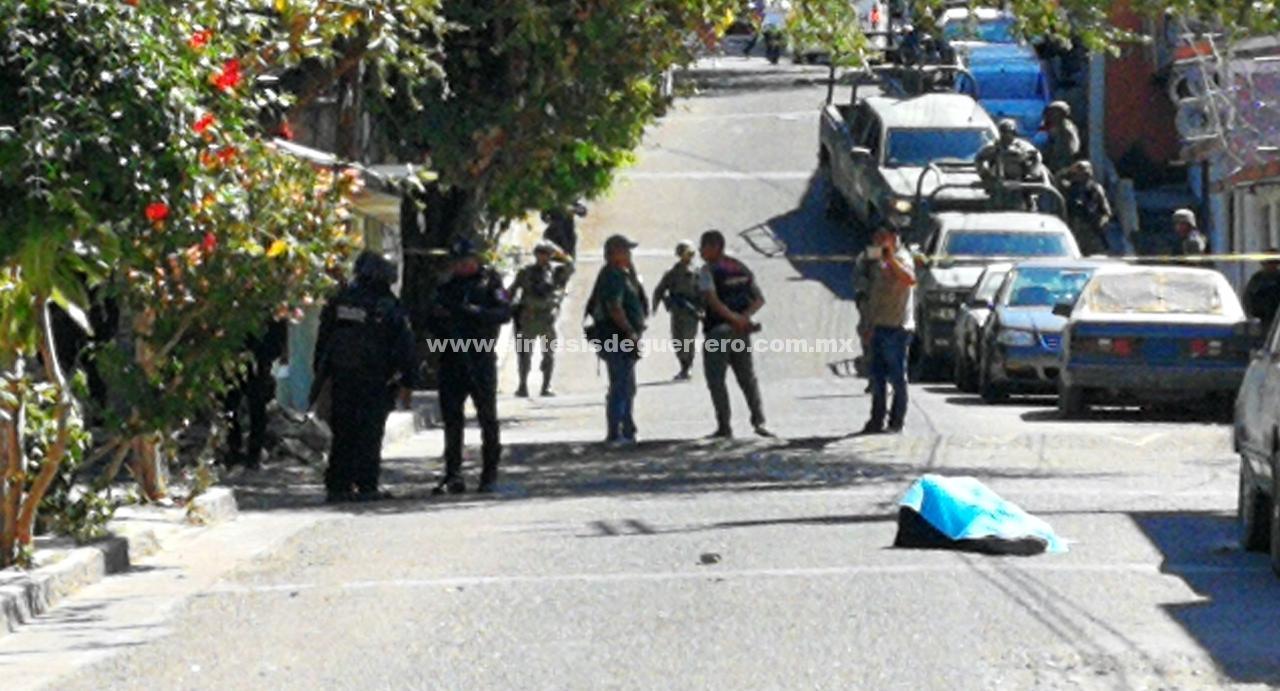 Persiguen y ejecutan a un hombre en la colonia Morelos de Chilpancingo