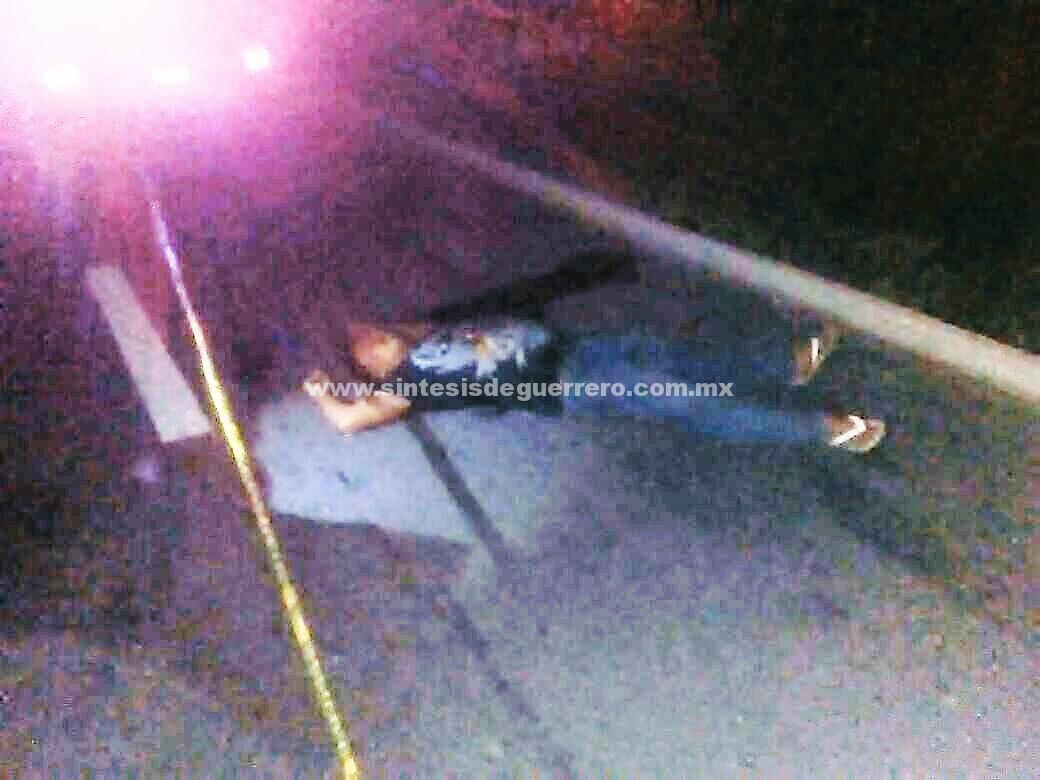 Lo asesinan en Coyuca de Benítez y dejan su cadáver cerca de la carretera federal