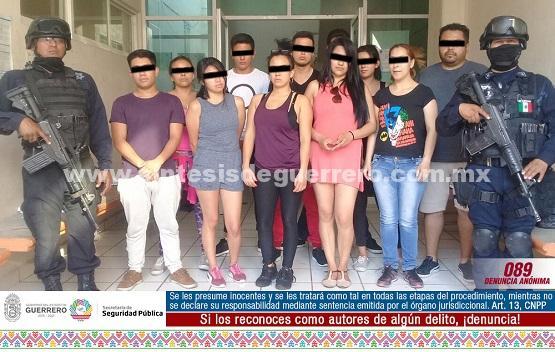 Policía Estatal, Gendarmería y policía ministerial aseguraron en Ciudad Altamirano a 14 personas