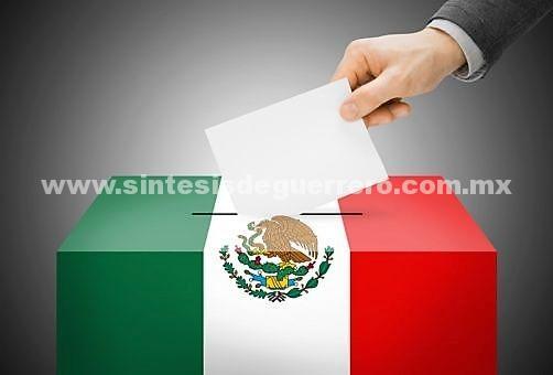 Mexicanos más interesados en política y más entusiasmados por votar, según Parametría