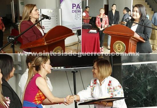"""Diputadas hicieron entrega de reconocimientos a cada una de las participantes del """"Parlamento de Mujeres Guerrerenses 2018"""""""
