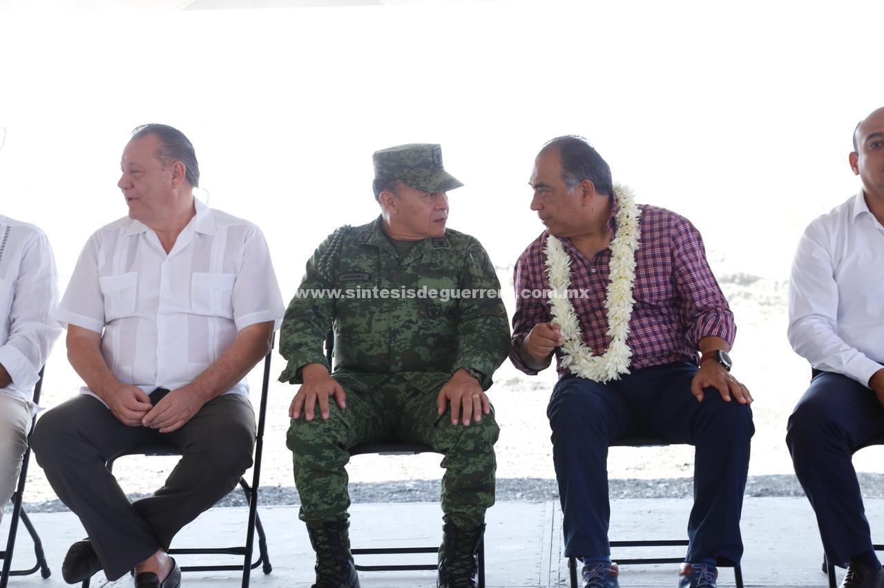 Obras de gran impacto turístico, entrega el Gobernador Héctor Astudillo en Zihuatanejo