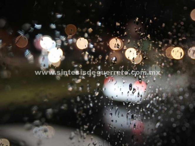 Al menos cinco delegaciones bajo lluvia este martes