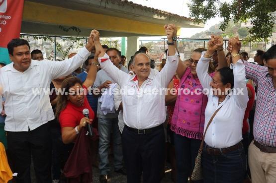 Lideres del PRD y MORENA se suman al proyecto de Manuel Añorve como senador.