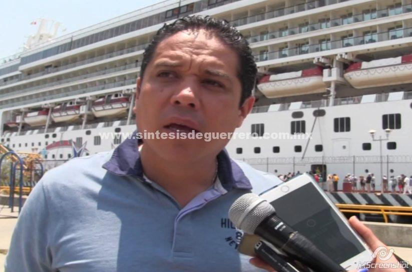 (Video) Da Evodio la bienvenida a turistas que arribaron a bordo de dos cruceros