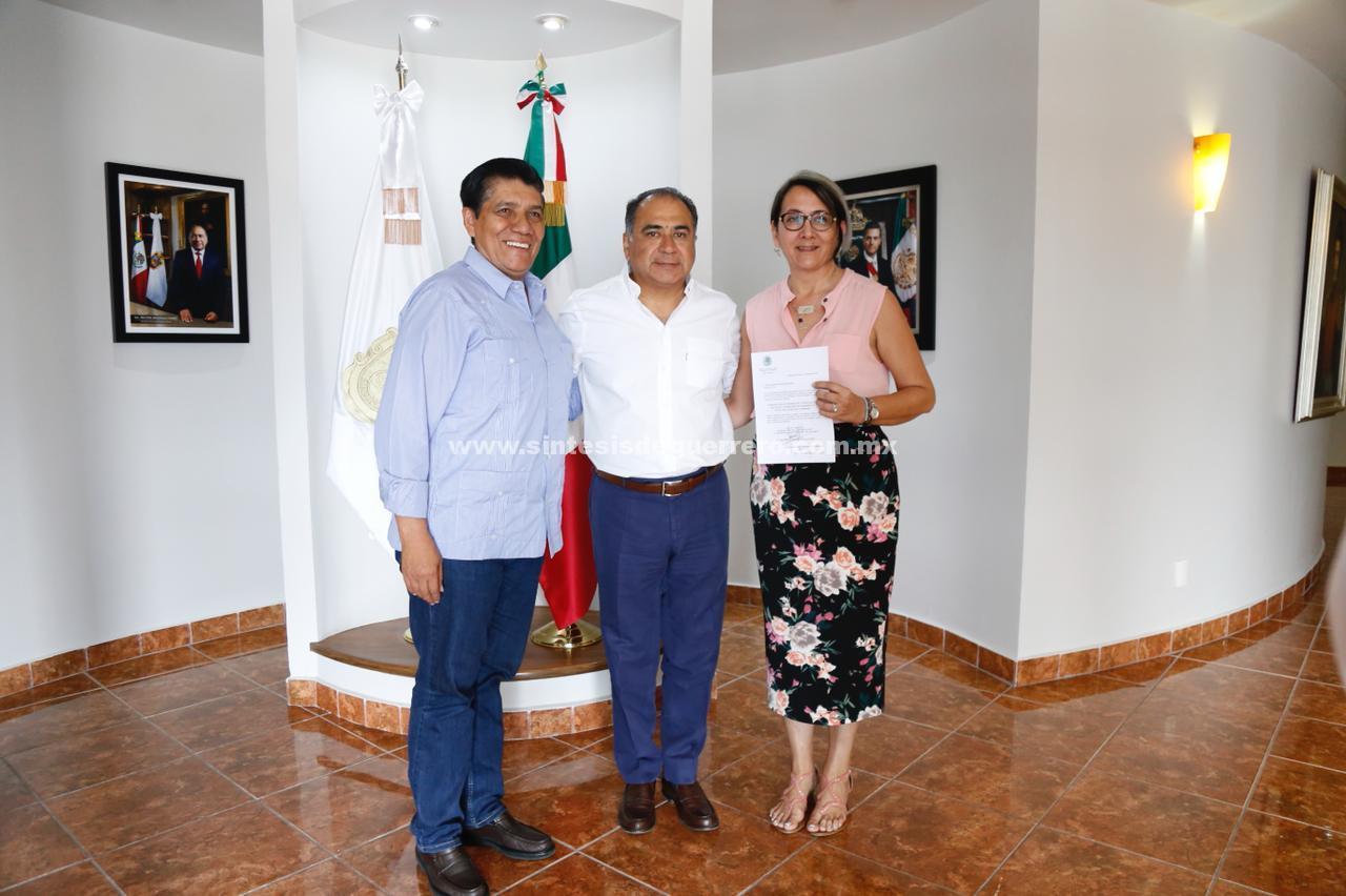 Astudillo Flores toma protesta a nuevos titulares de la Subsecretaría de Promoción y Vinculación Social de SEDESOL y al Coordinador General de Giras.