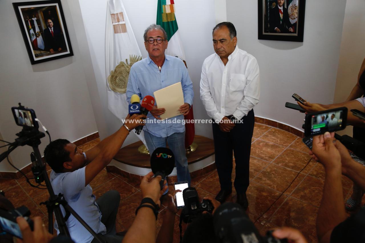 Informa Xavier Olea a Astudillo su decisión de renunciar a la Fiscalía General del Estado