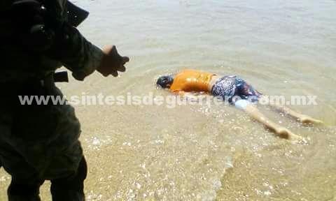 Asesinan a un hombre en playa Caletilla de Acapulco