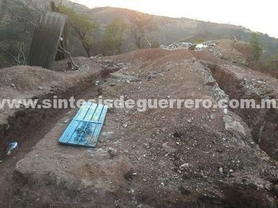 Xalpatláhuac: síndica, hermana del alcalde y junta católica retienen a una familia para despojarlos de sus tierras