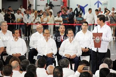 Asiste Evodio a la inauguración de la Nueva Terminal del Aeropuerto Internacional de Acapulco