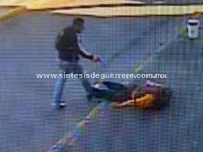 Difunden imágenes del robo a camioneta de valores en Iztapalapa