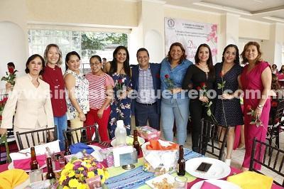 Festeja Congreso Local a madres trabajadoras del Poder Legislativo