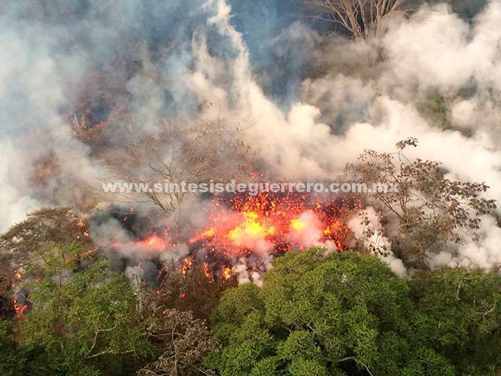 Volcán Kilauea hace erupción explosiva en Hawaii