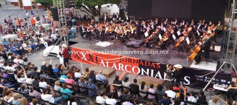 Más de mil personas ovacionan de pié la participación de la Orquesta Filarmónica de Acapulco en las XXXI Jornadas Alarconianas