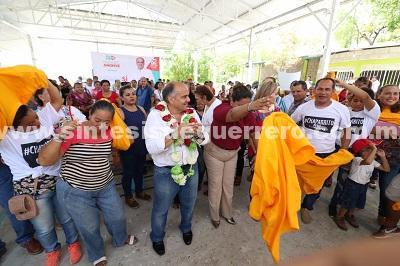 Suma Añorve a más perredistas a su campaña por el Senado, en Costa Grande