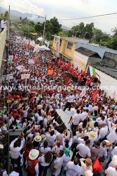 Más de 30 mil personas con Taja, en el arranque de campaña