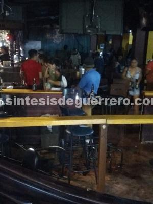 Un desmembrado, balacera dentro de un bar y el escolta de un candidato baleado, en Acapulco