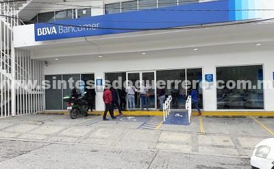 En plena quincena asaltan sucursal bancaria en Chilpancingo