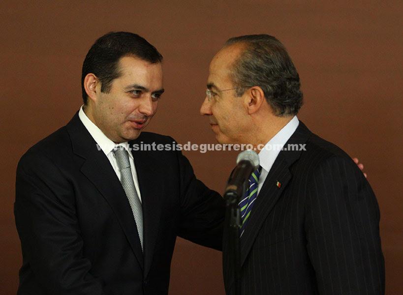 Reprueba Calderón demanda de Cordero contra Anaya