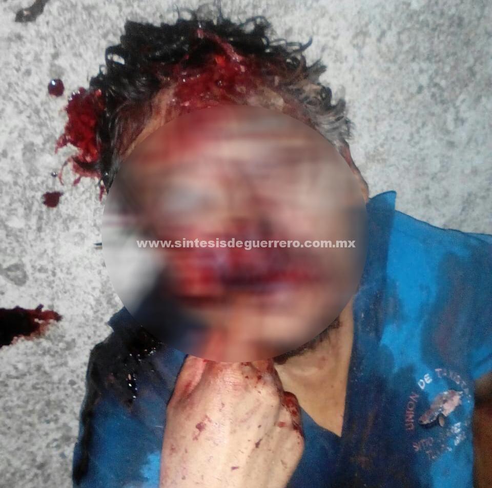 Asesinan a balazos a taxista en carretera Atlamajalcingo–Copanatoyac y le roban su unidad.