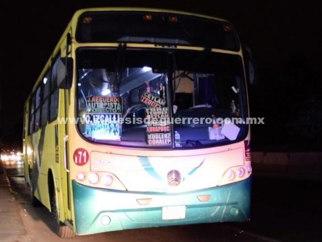 Matan a pasajero durante un asalto en la México–Querétaro