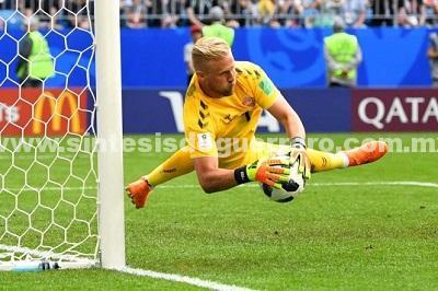 Dinamarca y Australia protagonizan intenso empate