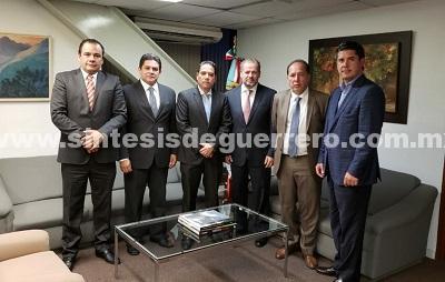 Se reúne Evodio con funcionarios de SECTUR federal y FONATUR